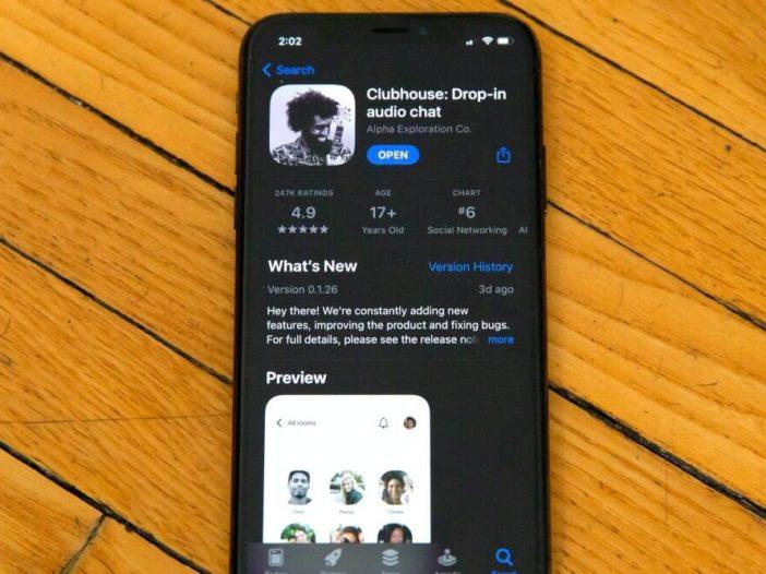 Valse, door malware geteisterde 'Clubhouse voor pc'-app vertoonde advertenties op Facebook